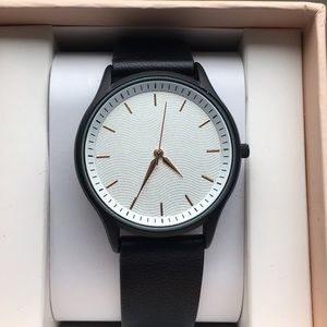 NWOT Black watch with leather band